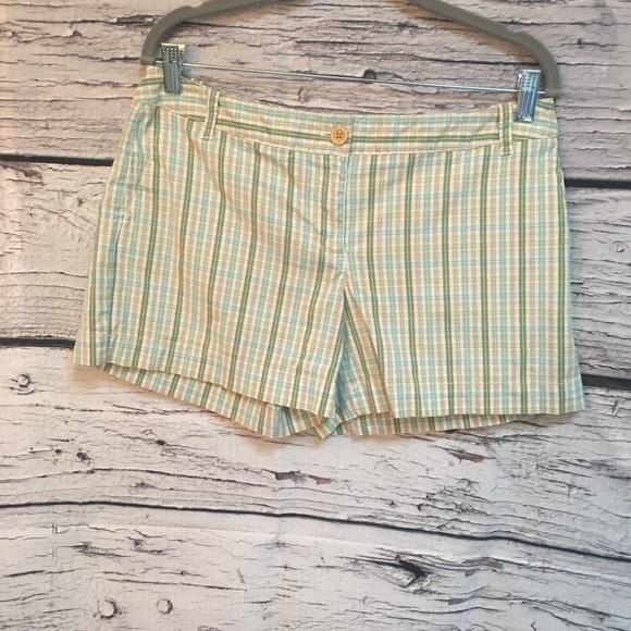 LOFT Pants - Ann Taylor LOFT plaid shorts. Green/White. Size 8
